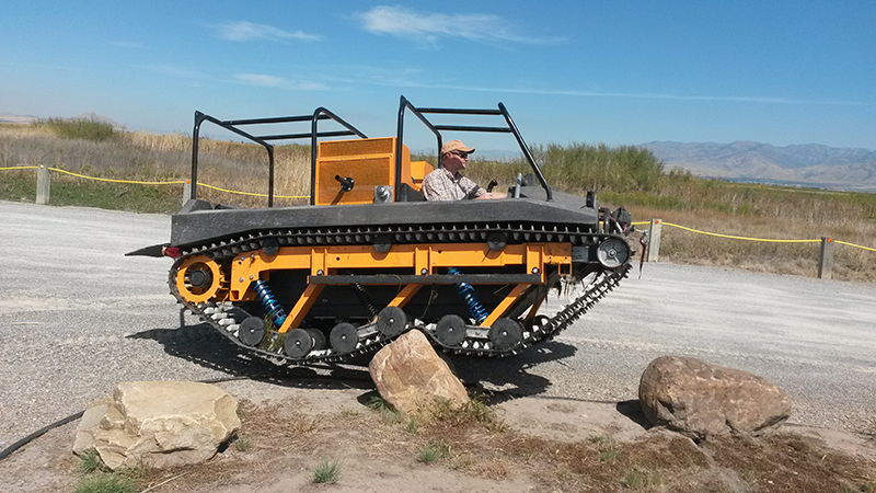 mighty muddtrax Adventure Tracked Vehicle